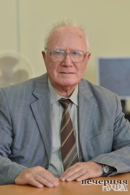 Молодость немолодого профессора. 7 января исполнилось 85 лет известному деятелю науки Леве Шустеру